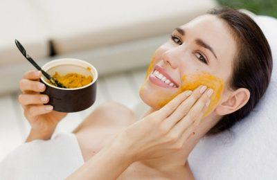5 cách chăm sóc da mặt sau sinh bằng bột nghệ cực hot